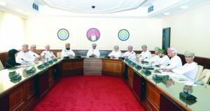 """""""الغرفة"""" تبحث رفع الحظر عن بعض المهن والمعايير المهنية في القطاع اللوجستي"""