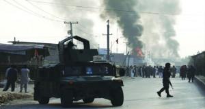 عشرات القتلى والجرحى بانفجار شاحنة مفخخة في أفغانستان