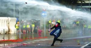 أعمال عنف وشغب بتجدد التظاهرات في هونج كونج