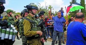 الاحتلال يستولي على أراض بالضفة ويقصف غزة