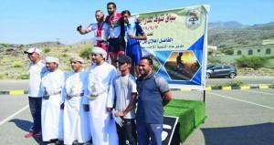 في سباق تنوف للدراجات الهوائية.. حاتم البوشري يخطف المركز الأول في العموم و منذر الحسني الأول لفئة الشباب