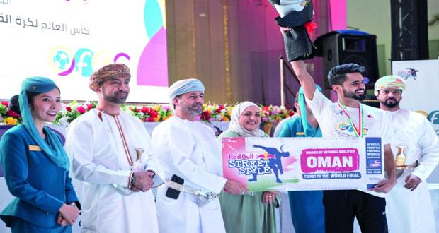 محمد النوفلي يكسب لقب بطولة عُمان لكرة القدم الاستعراضية