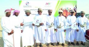 أوكسيدنتال عمان ترعى سباق الهجن بهيماء بالتعاون مع الاتحاد العماني لسباقات الهجن