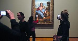 اللوفر يحتضن مئات اللوحات والأعمال الفنية لليوناردو دافينشي