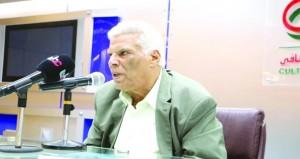إبراهيم عبدالمجيد يقارن بين التاريخي والعجائبي في الرواية