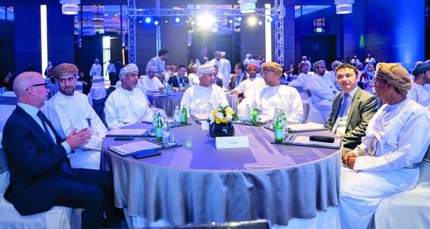 """""""التقنية والاتصالات"""" تدشن شبكة عمان الحكومية عالية السرعة"""