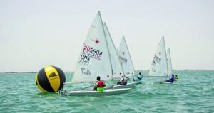 بحارة السلطنة يشاركون في البطولة العربية للإبحار الشراعي بمدينة الإسكندية