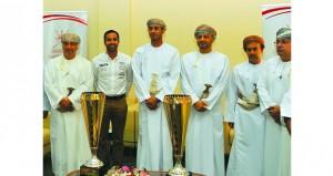 وزير الشؤون الرياضية يستقبل المتسابق أحمد الحارثي