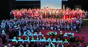 كلية الخليج تحتفل بتخريج 307 طلاب وطالبات بشهادة البكالوريوس مع مرتبة الشرف وشهادة الدبلوم في التعليم العالي