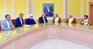 وزير الصحة يستقبل وزير التراث الثقافي والسياحة والصناعات اليدوية الإيراني