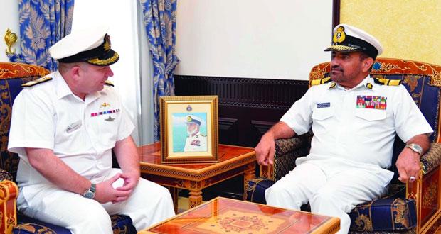 قائد البحرية السلطانية العمانية يستقبل قائد قوة المهام المشتركة بقيادة القوة المختلطة (150)