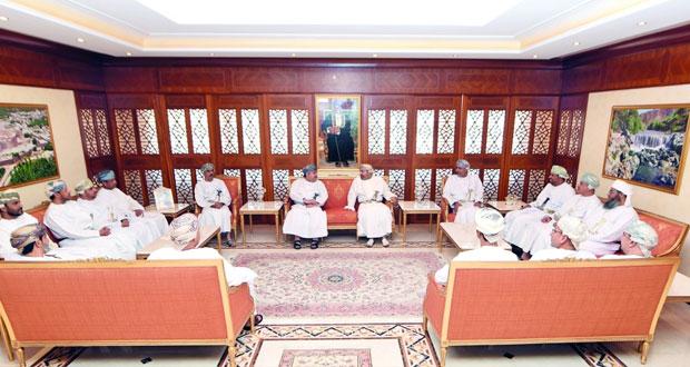 وزير الداخلية يلتقي رؤساء وأعضاء اللجنة العليا والرئيسية والإعلامية لانتخابات الشورى