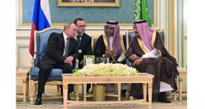 السعودية وروسيا تبحثان العلاقات الاقتصادية والتطورات الإقليمية