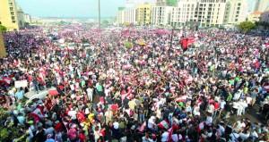 احتجاجات لبنان مستمرة..(مبادرة إنقاذية) تتضمن إلغاء بعض الوزارات وخفض الرواتب والموازنة النهائية دون أي ضرائب جديدة