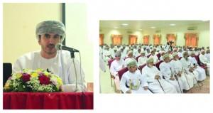 محمد الشعيلي يستعرض نماذج من التاريخ السياسي في عمان