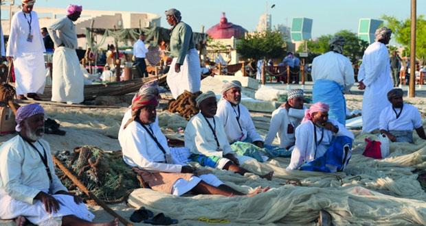 مشاركة عمانية في مهرجان كتارا التاسع للمحامل التقليدية بالدوحة