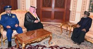 جلالة السلطان يستقبل نائب وزير الدفاع السعودي