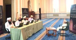 65 متأهلا للتصفيات النهائية لمسابقة السلطان قابوس للقرآن الكريم