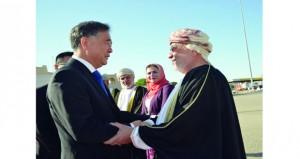 رئيس (المجلس الاستشاري) الصيني يغادر البلاد