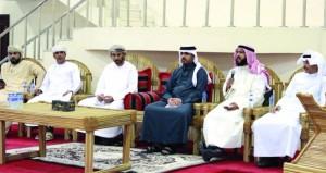 """لجنة كتاب وأدباء """"الظاهرة"""" تقيم أمسية شعرية عمانية عربية"""