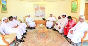 وزير الشؤون الرياضية يستقبل الوفود المشاركة في البطولة الخليجية للبلياردو والمنتخب الوطني الجامعي