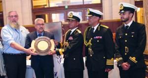 (رووبل) تتسلم جائزة السلطان قابوس للإبحار الشراعي