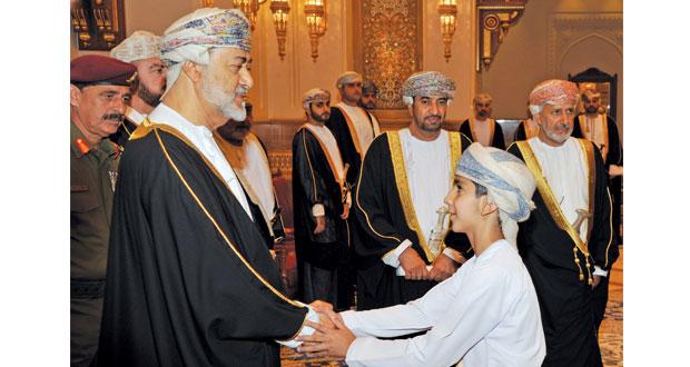 المعزون يدعون الله أن يمد جلالة السلطان بعونه وتوفيقه لمواصلة المسيرة