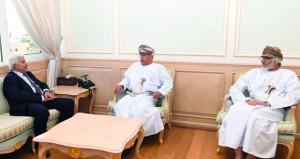وزير الصحة يستقبل وزير الصحة العامة والسكان بالجمهورية اليمنية