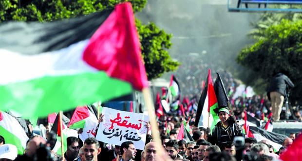 الفلسطينيون: متمسكون بحدود 1967 ولن نقبل أي صفقة لا تتوافق مع حل الدولتين