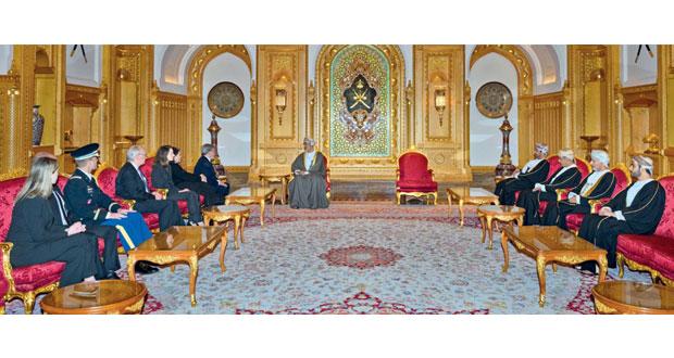 جلالة السلطان يتسلم رسالة من رئيس الولايات المتحدة