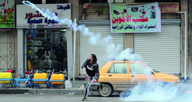 جرحى بإطلاق قوات الأمن العراقية النار على المحتجين