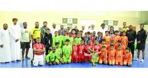 بطولة ميتسوبيشي المدرسية الخامسة لكرة اليد تختتم محطتها الأخيرة بمحافظة ظفار