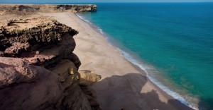 رأس الحد منطقة جذب سياحي تجمع بين الطبيعة الخلابة والشواطيء الجميلة