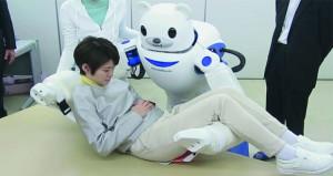 دراسة تهدف إلى تحسين أداء الروبوت في مجال رعاية المرضى