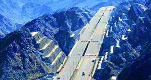 اليوم.. افتتاح طريق الشرقية السريع أمام الحركة المرورية
