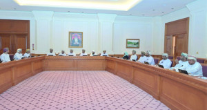 """""""الشورى"""" يناقش ظاهرة تسريح القوى العاملة الوطنية بالقطاع الخاص مع اتحاد عمال السلطنة"""