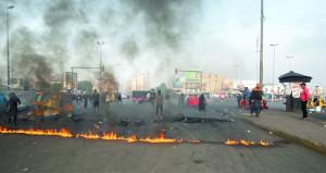 العراق: اتفاق مبدئي لحسم تسمية رئيس الوزراء .. والاحتجاجات وقطع الطرقات مستمرة