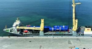 ميناء الدقم يؤكد جاهزيته لاستقبال أكبر سفن الشحن والبضائع