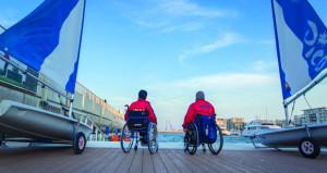 """الإعلان عن فتح باب التسجيل في برنامج الإبحار الشراعي لذوي الإعاقة """"أبحر بحرّية"""""""