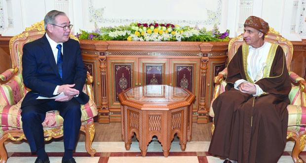 فهد بن محمود يستقبل وزير الخارجية بجمهورية الفلبين