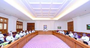 استعراض مضامين الخطاب التاريخي السامي لجلالة السلطان خلال إجتماع مشترك لمكتبي (الدولة) و(الشورى)