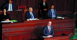 البرلمان التونسي يناقش التصويت على حكومة ائتلافية