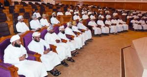 الشعراء يرثون فقيد الوطن في جلسة تأبينية لمركز السلطان قابوس العالي للثقافة والعلوم