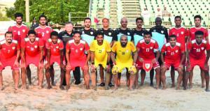 منتخبنا الوطني لكرة القدم الشاطئية يبدأ تدريباته اليومية بمعسكره الداخلي بمجمع بوشر