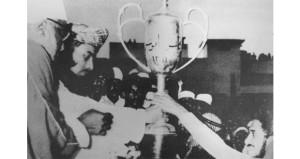 جلالة السلطان قابوس أنعم على المجيدين بالأوسمة دعما لتطوير الرياضة العمانية باعتبارها أحد أوجه التنمية المستدامة