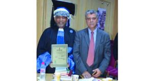 باحث عماني يحصل على درجة الدكتوراه حول تطوير المجالس البلدية العمانية