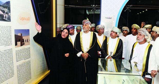 شهاب بن طارق يفتتح الدورة الـ 25 لمعرض مسقط الدولي للكتاب بمشاركة 946 دار نشر