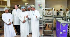 تدشين مبنى التموين الجديد بمطار مسقط الدولي بأصول تجاوزت 67 مليون ريال عماني