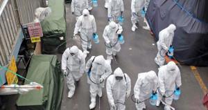 (كوفيد19) لم ينشأ بسوق للمأكولات البحرية في ووهان .. 2442 وفاة والإصابات تلامس 77 ألفا