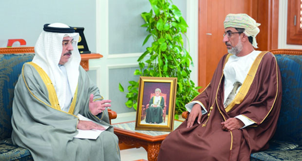 وزير البيئة والشؤون المناخية يتسلم رسالة من نظيره الإماراتي